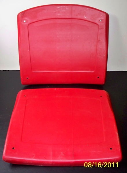 Red_Shea_Seat_Bottoms_8-2011.jpg